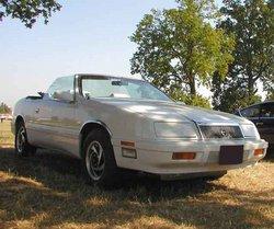 Slide: 250px-Chrysler-Le-Baron.jpg